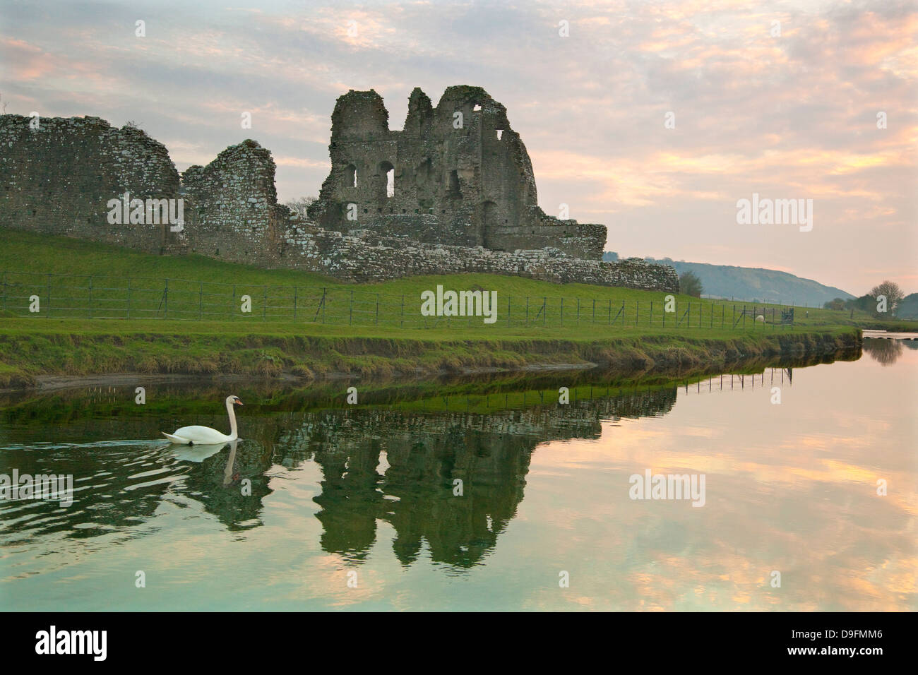 Ogmore Castle, Bridgend, Glamorgan, Wales, UK - Stock Image