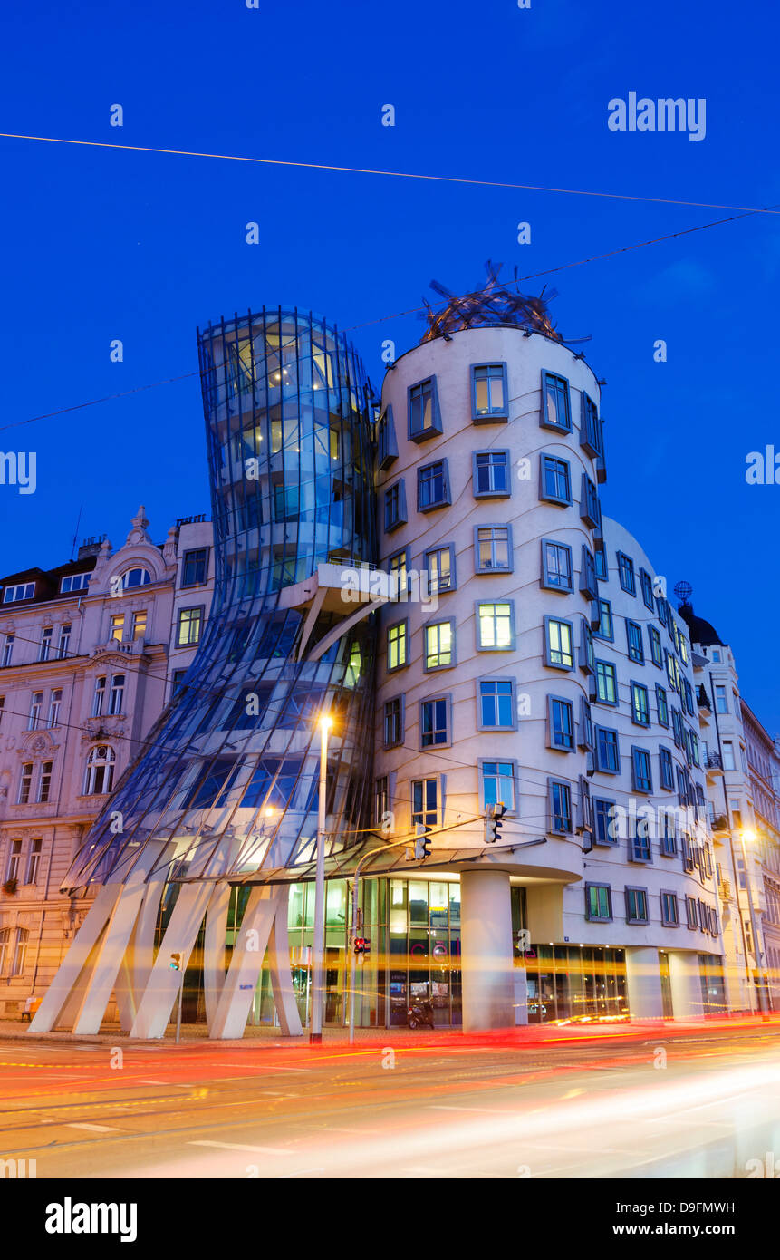 Fred and Ginger Dance School, Dancing House, designed by Frank O Geary, Prague, Czech Republic - Stock Image