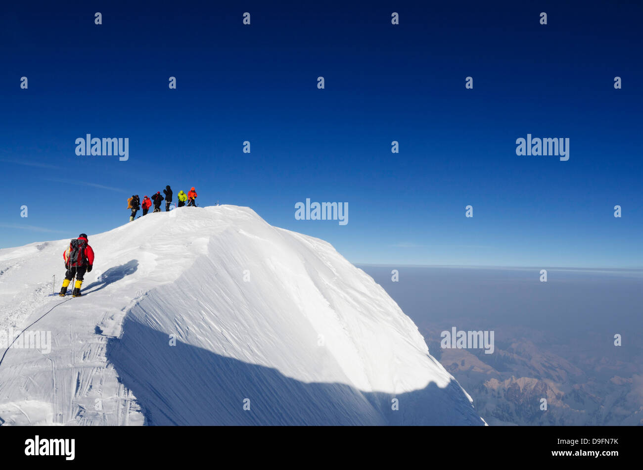 Summit ridge, climbing expedition on Mount McKinley, 6194m, Denali National Park, Alaska, USA - Stock Image