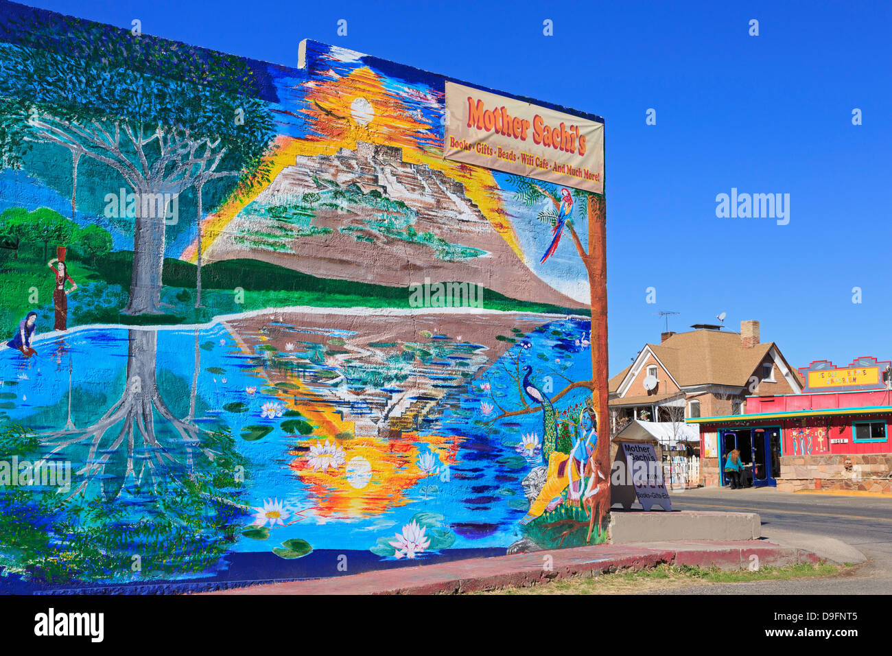 Store mural in Old Town Cottonwood, Arizona, USA - Stock Image