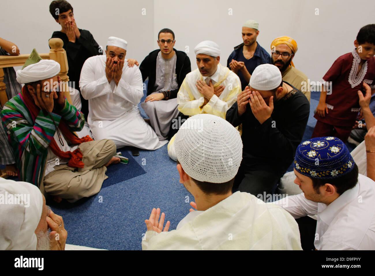 Sufi prayer, Evry, Essonne, France - Stock Image