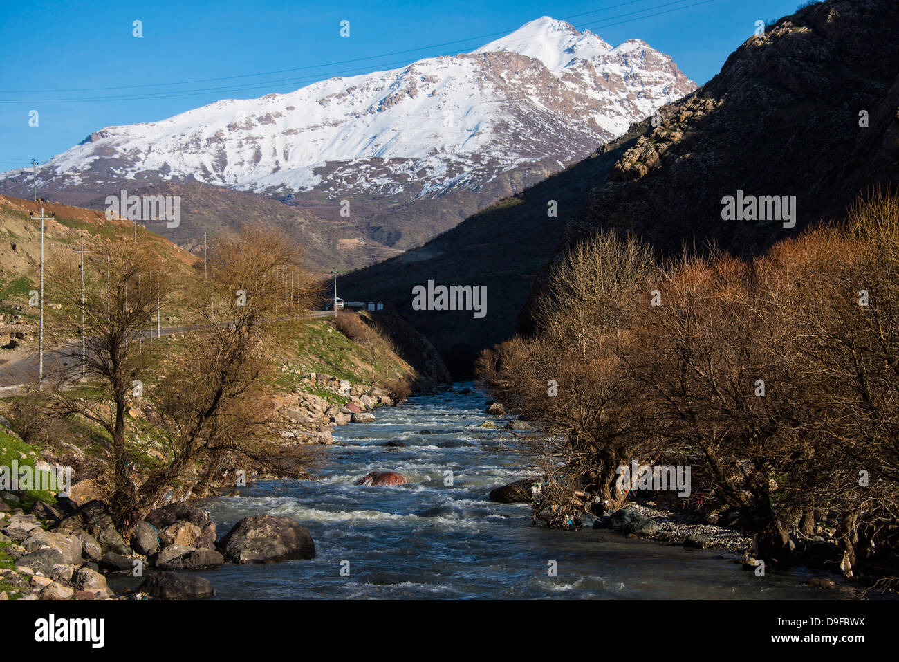 Snow capped mountains above the great Zab River along the Hamilton road leading into Iran, Iraq Kurdistan, Iraq, - Stock Image