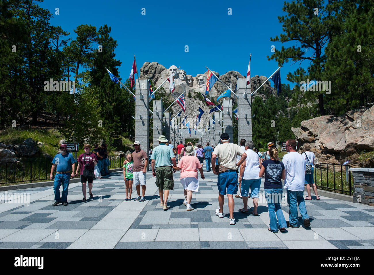 Tourists on their way to Mount Rushmore, South Dakota, USA - Stock Image