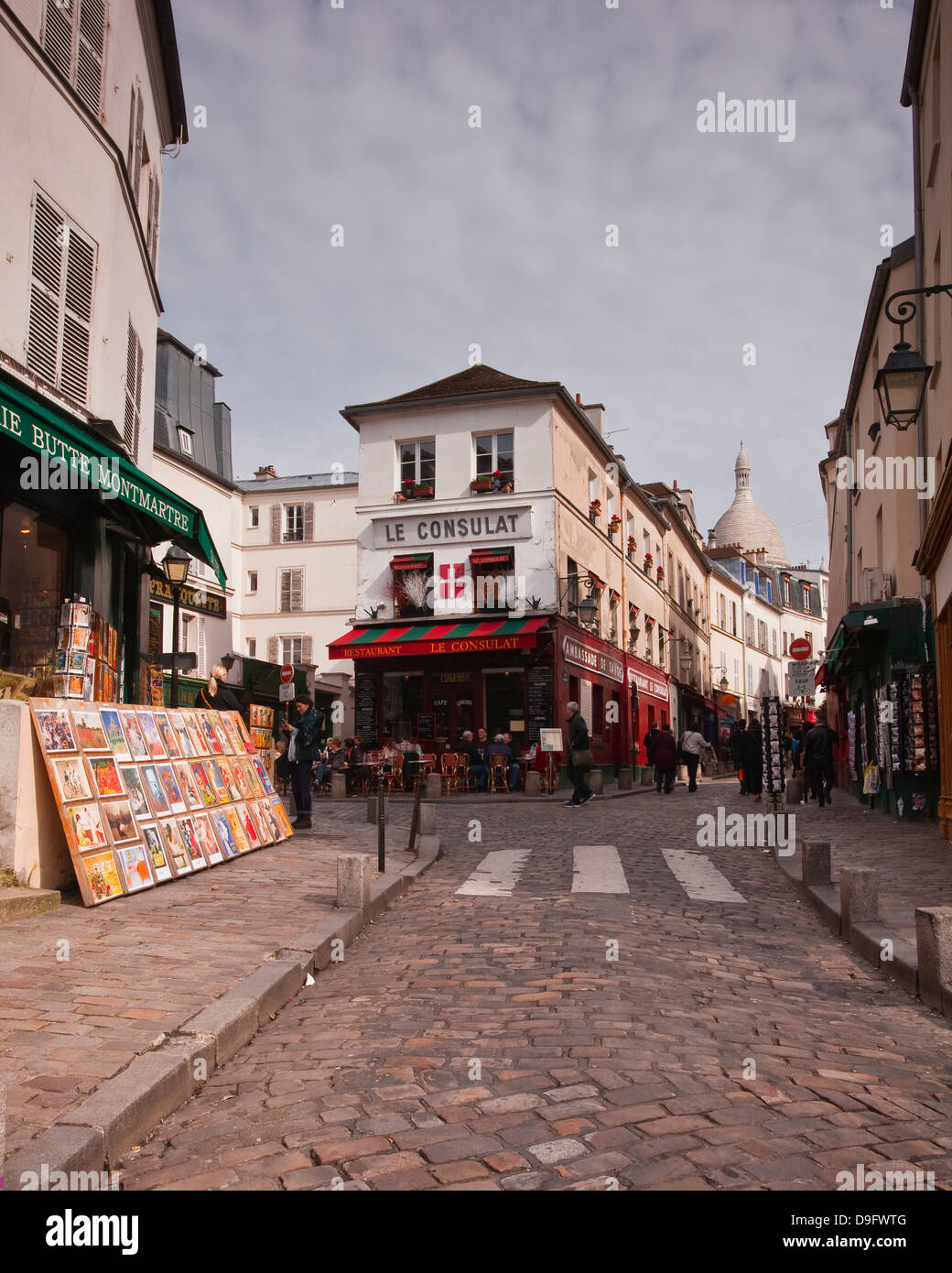 The streets of Montmartre, Paris, France Stock Photo