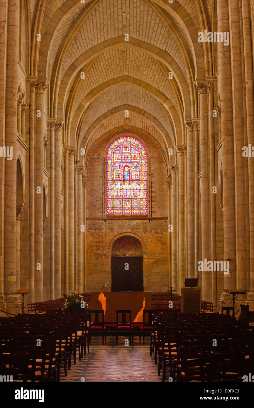 The nave of St.-Julien du Mans Cathedral, Le Mans, Sarthe, Pays de la Loire, France - Stock Image