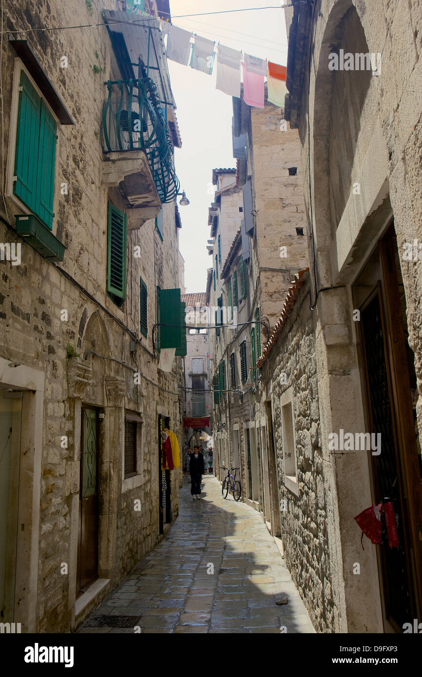Back street with traditional stone buildings in Split, Croatia - Stock Image