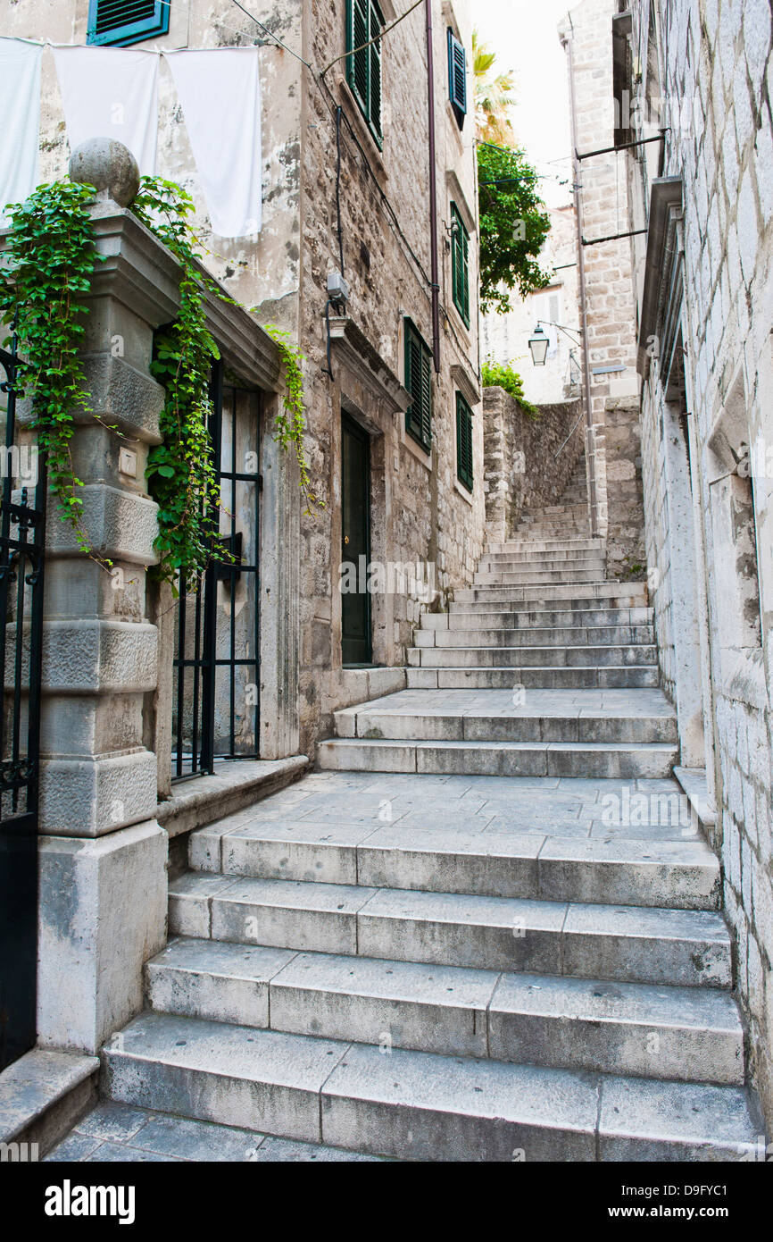 Dubrovnik Old Town, one of the narrow side streets, Dubrovnik, Croatia - Stock Image