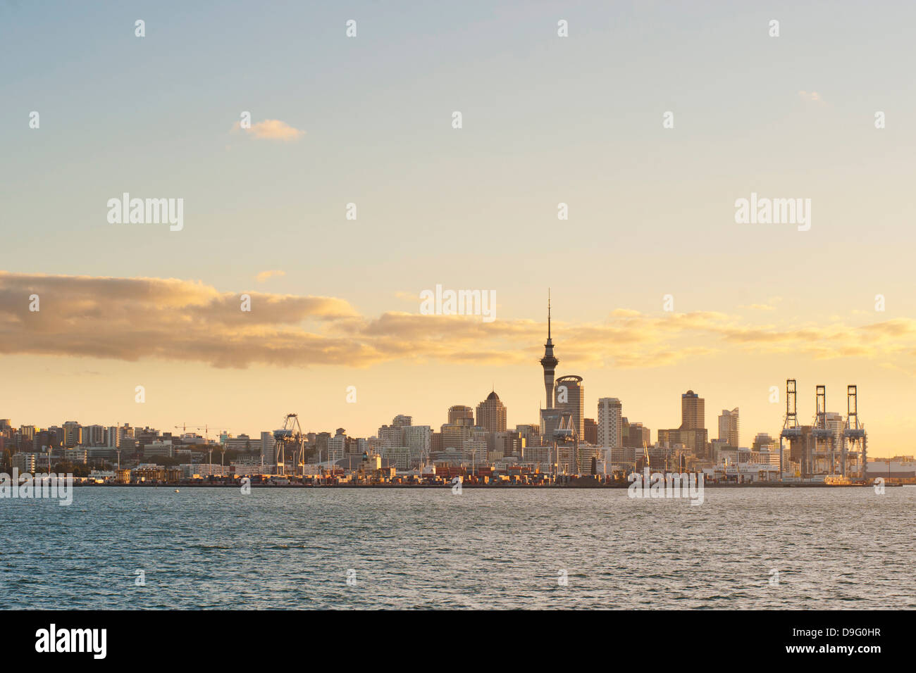 Auckland city skyline at sunset, Auckland, North Island, New Zealand - Stock Image