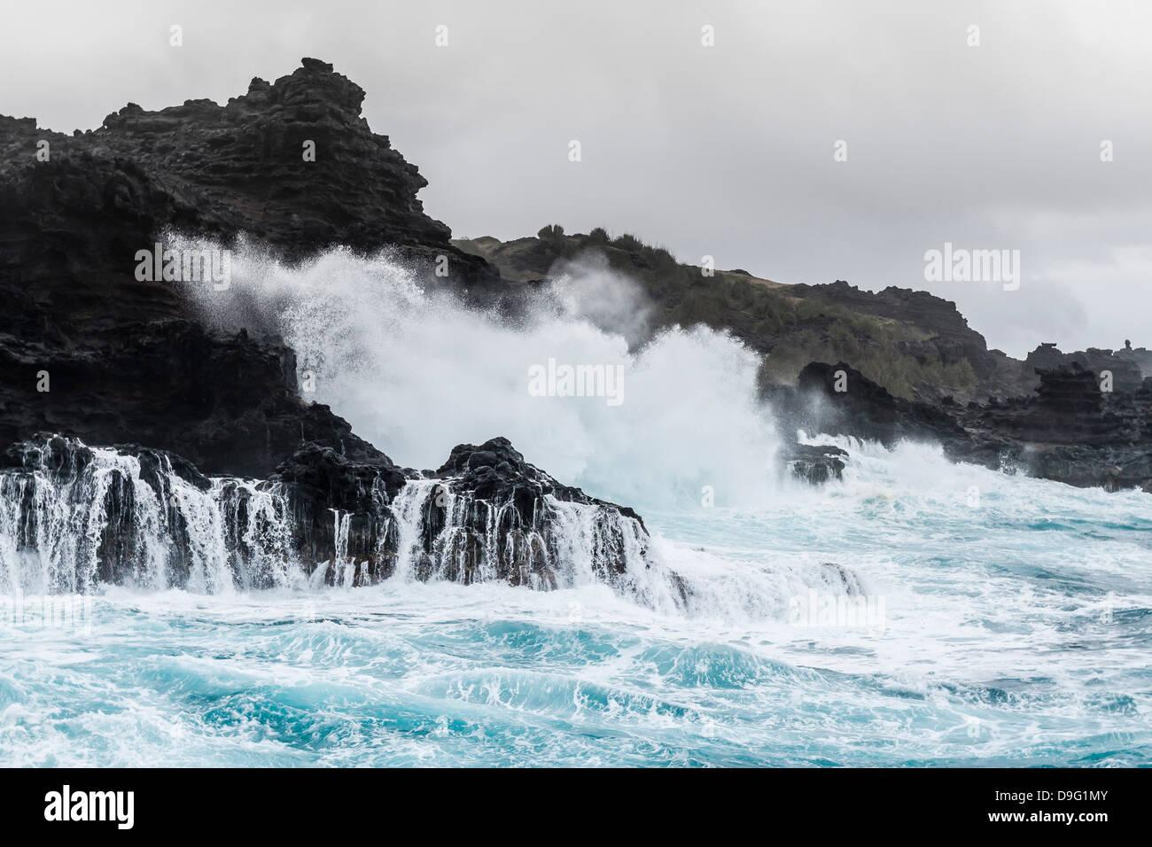 Huge surf at the Olivine Pools on the northwest coast of West Maui, Hawaii, United States of America - Stock Image
