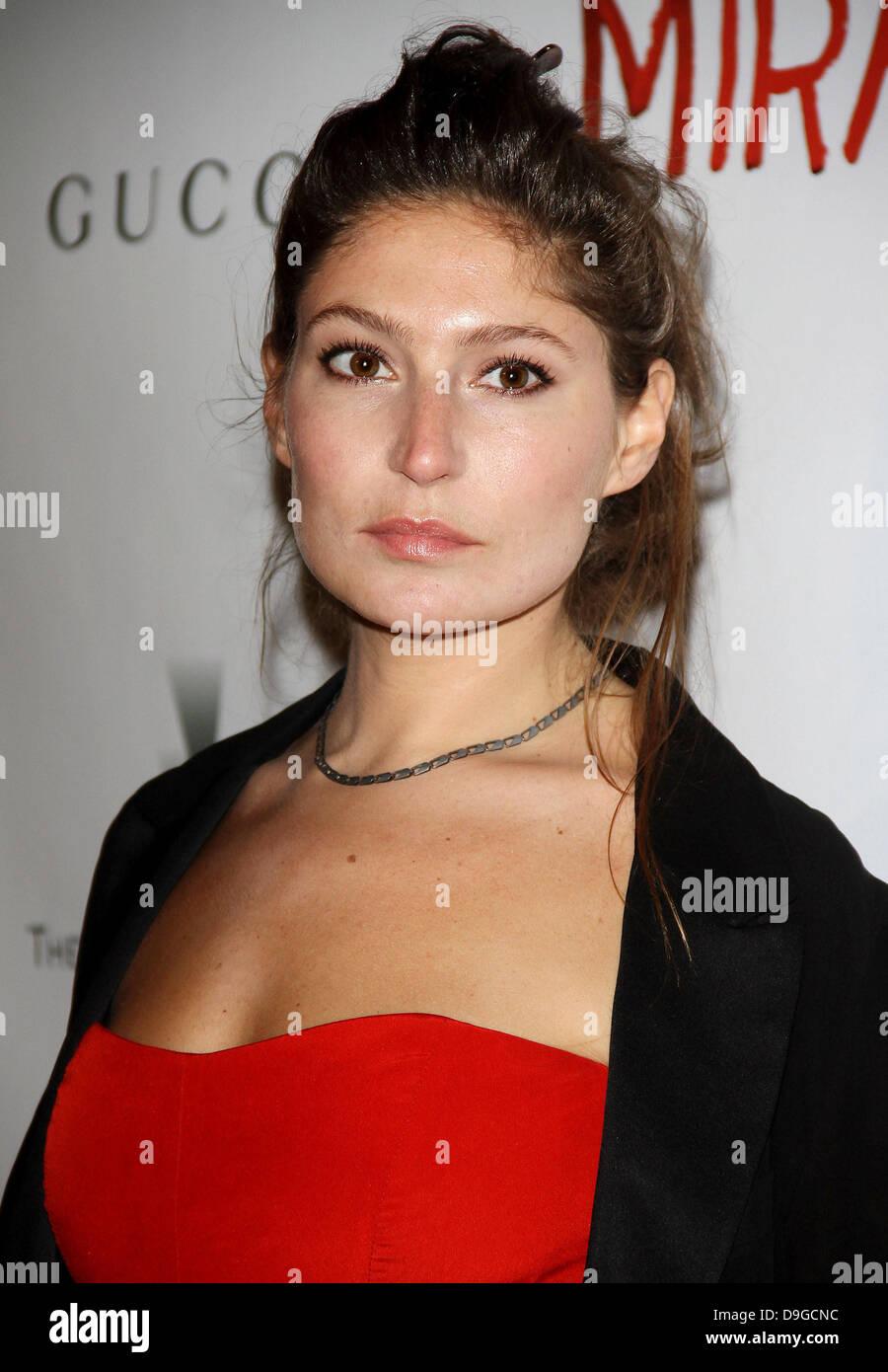 Stella Schnabel