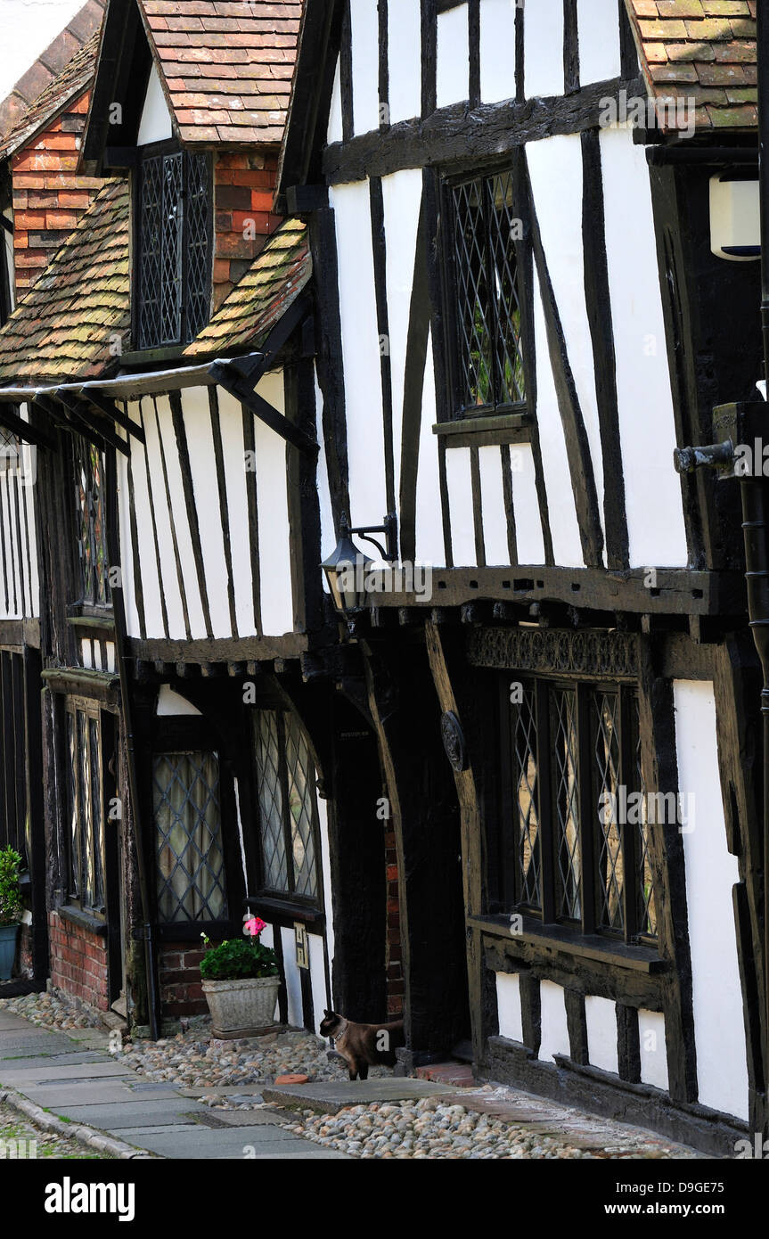 Rye, East Sussex, England, UK. Black and white half-timbered houses in Church Square - Stock Image