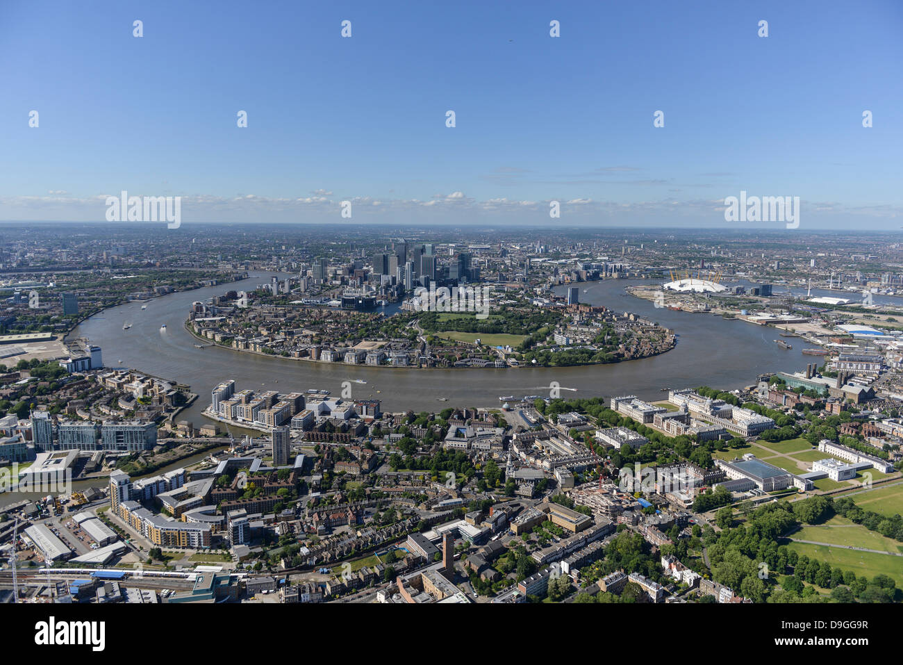 Aerial photograph Showing Isle of Dogs and Canary Wharf - Stock Image