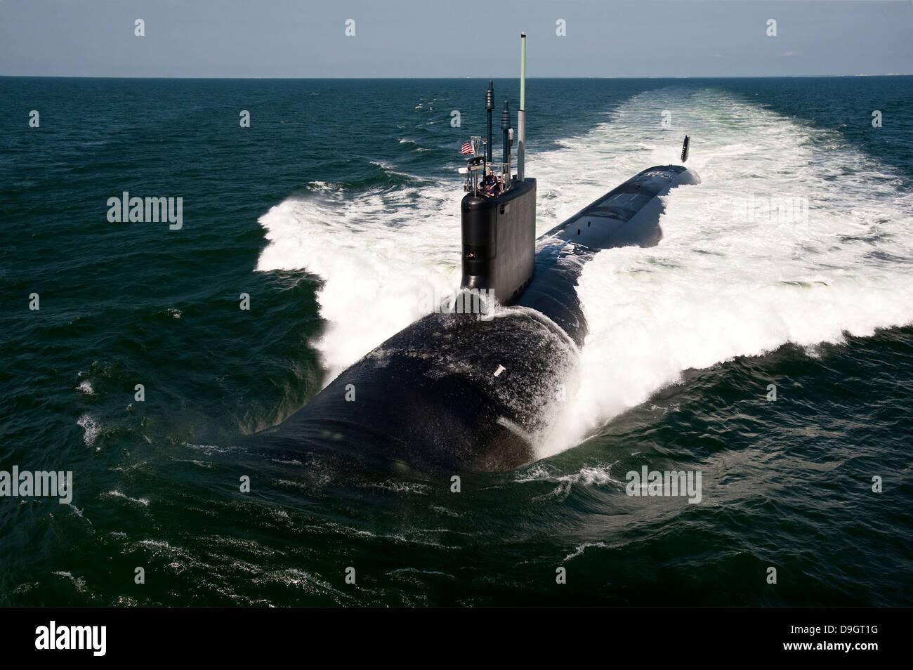 Atlantic Ocean, June 30, 2011 - The Virginia-class attack submarine USS California (SSN 781) underway during sea - Stock Image