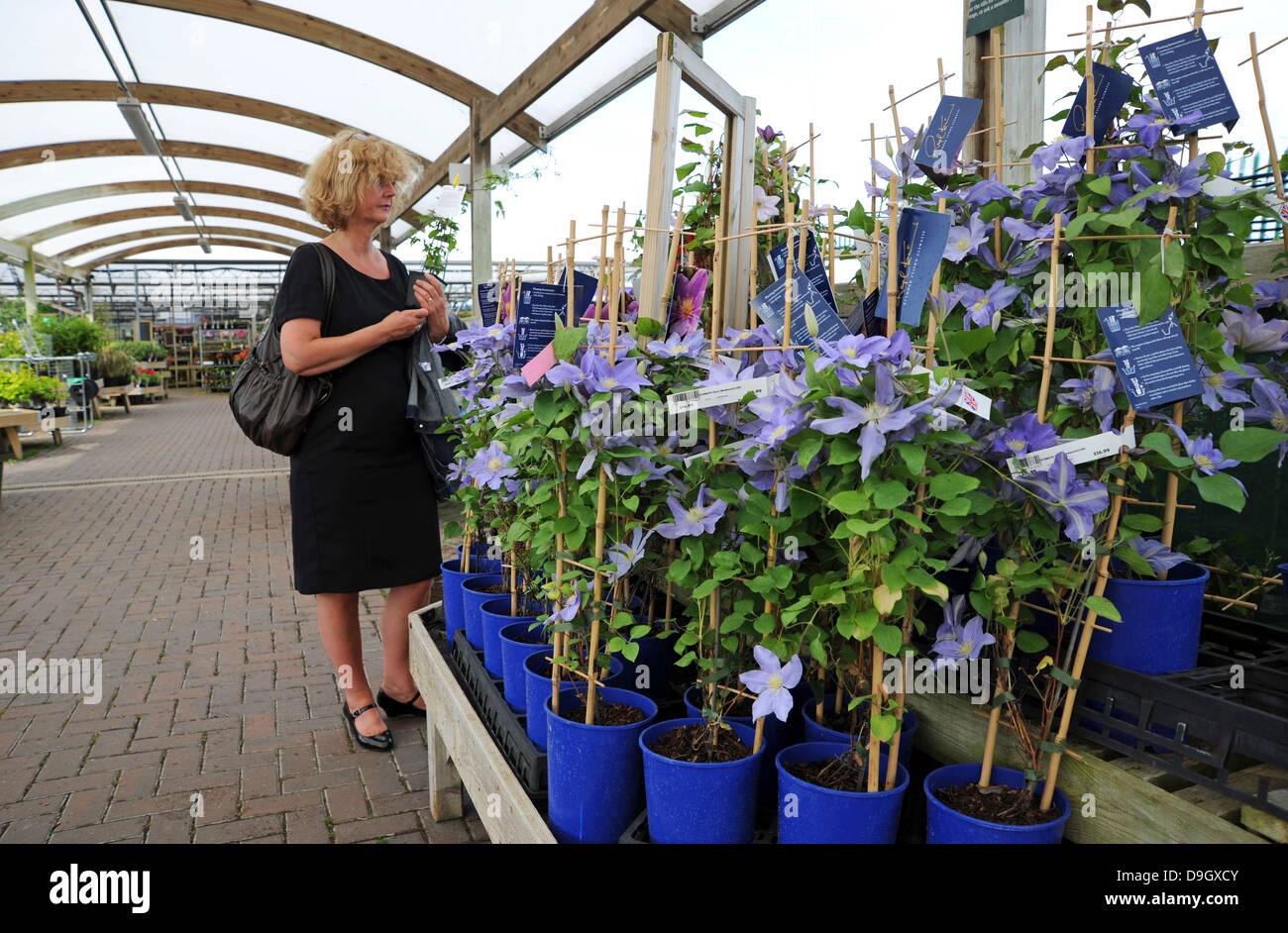 Retail Shopping Centres Uk Stock Photos Retail Shopping Centres