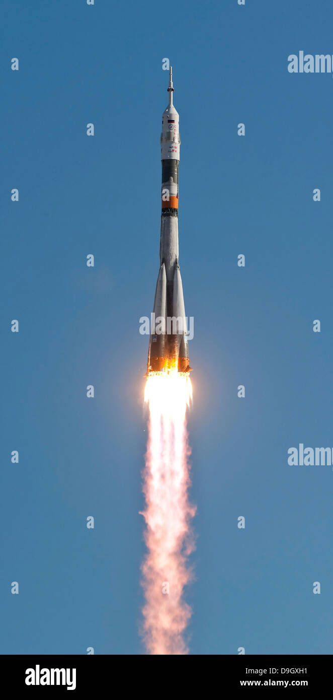 April 2, 2010 - The Soyuz TMA-18 rocket launches from the Baikonur Cosmodrome in Kazakhstan. - Stock Image