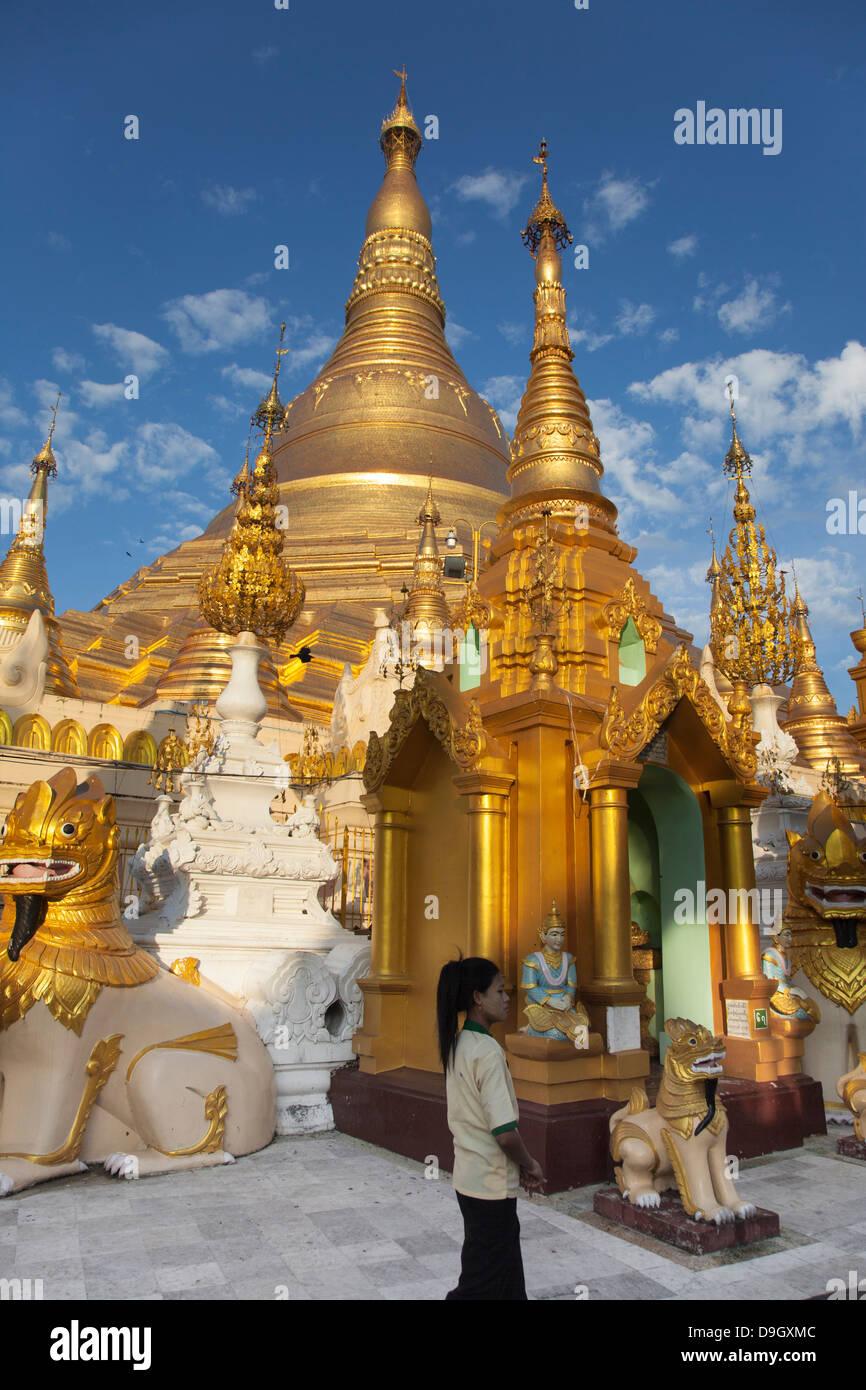 Sunday scene within the Schwedagon pagoda complex in Rangoon(Yangon) in Burma (Myanmar). Stock Photo