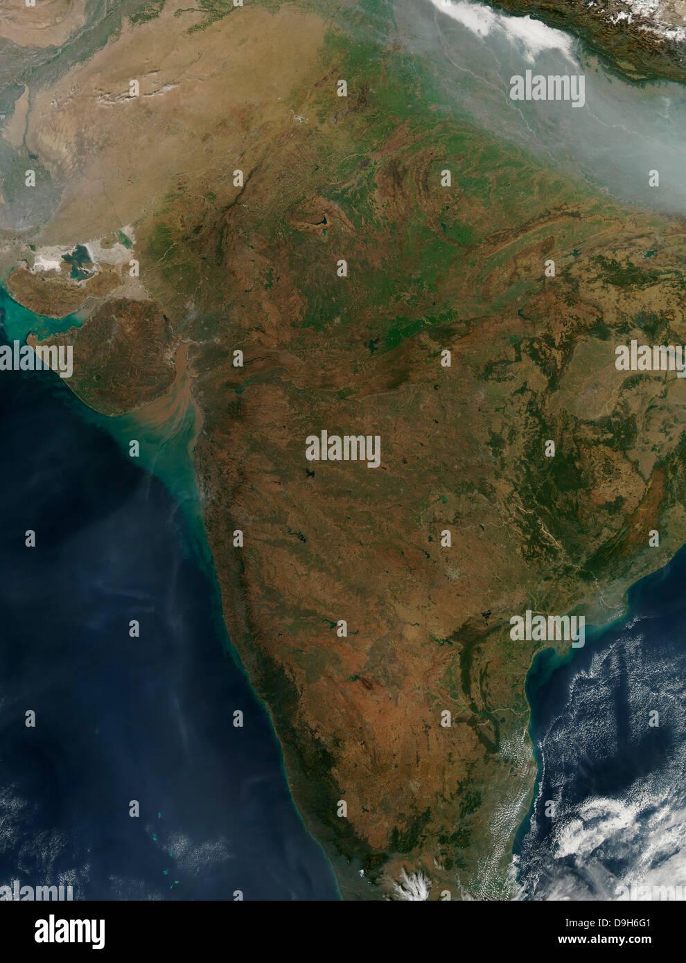 Deccan Plateau India Stock Photos & Deccan Plateau India ... on manchurian plain map, brahmaputra river map, bhander plateau, great indian desert map, tibetan plateau, india map, tibet map, himalayan mountains map, narmada river map, mysore plateau, kashmir map, arabian sea map, khyber pass map, thar desert map, patna map, harappa map, chota nagpur plateau, laccadive sea map, hyderabad map, taklamakan desert map, gobi desert map, delhi map, satpura range map, nepal map, shah alam ii, states of india,