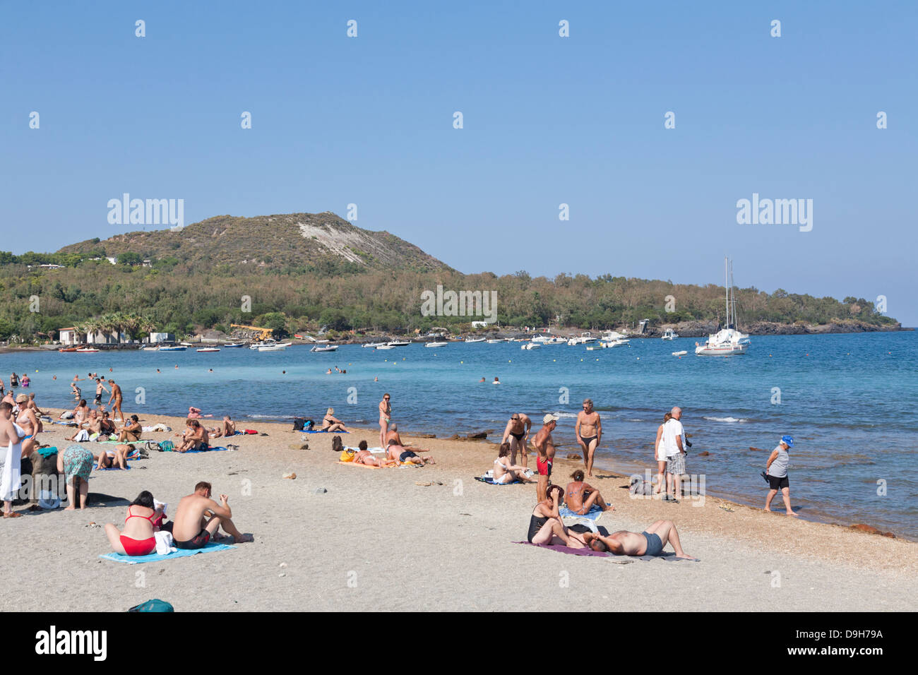 Spiaggia delle aque calde, Hot Water Beach, Vulcano, Aeolian Islands, Italy - Stock Image