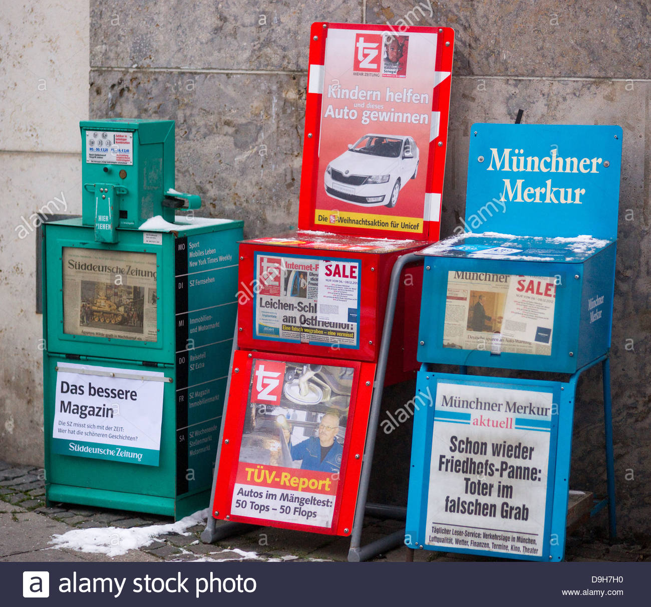 advertise advertisement communication daily dispenser display headline information news newspaper paper press publication - Stock Image