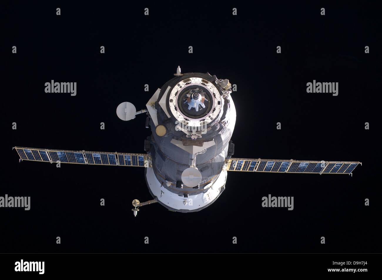 The Progress 40 resupply vehicle in orbit - Stock Image