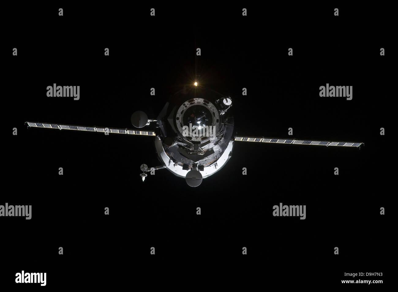 The Progress 41 resupply vehicle in orbit - Stock Image
