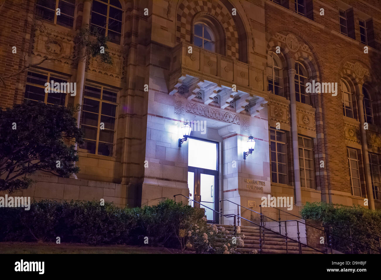 Front of the Humanities Building at UCLA at night - Stock Image