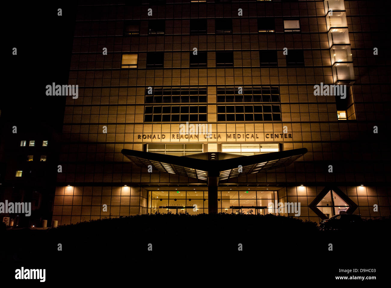 UCLA Ronald Reagan Medical Center Westwood Calif - Stock Image