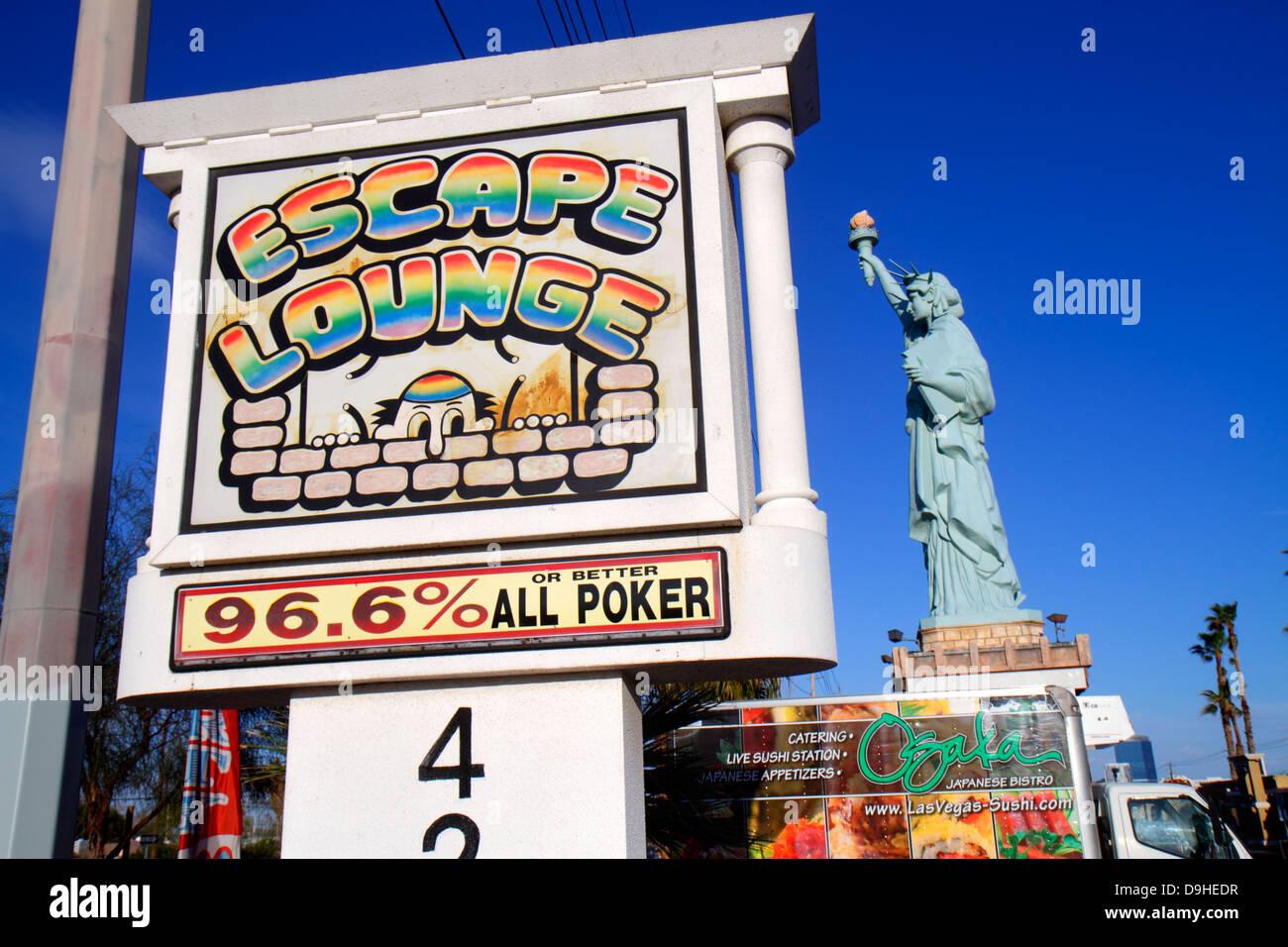 Nevada Las Vegas West Sahara Avenue replica scale model Statue of Liberty strip mall sign - Stock Image