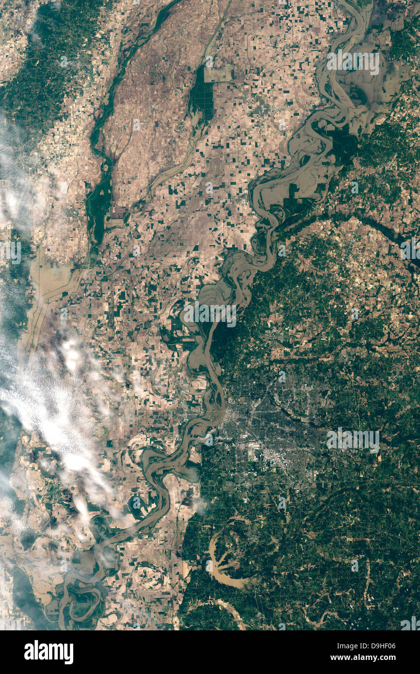 May 10, 2011 - Natural color satellite image of flood waters in Memphis, Tennesse. - Stock Image