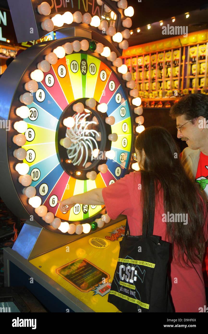 Let's make a deal slot machine
