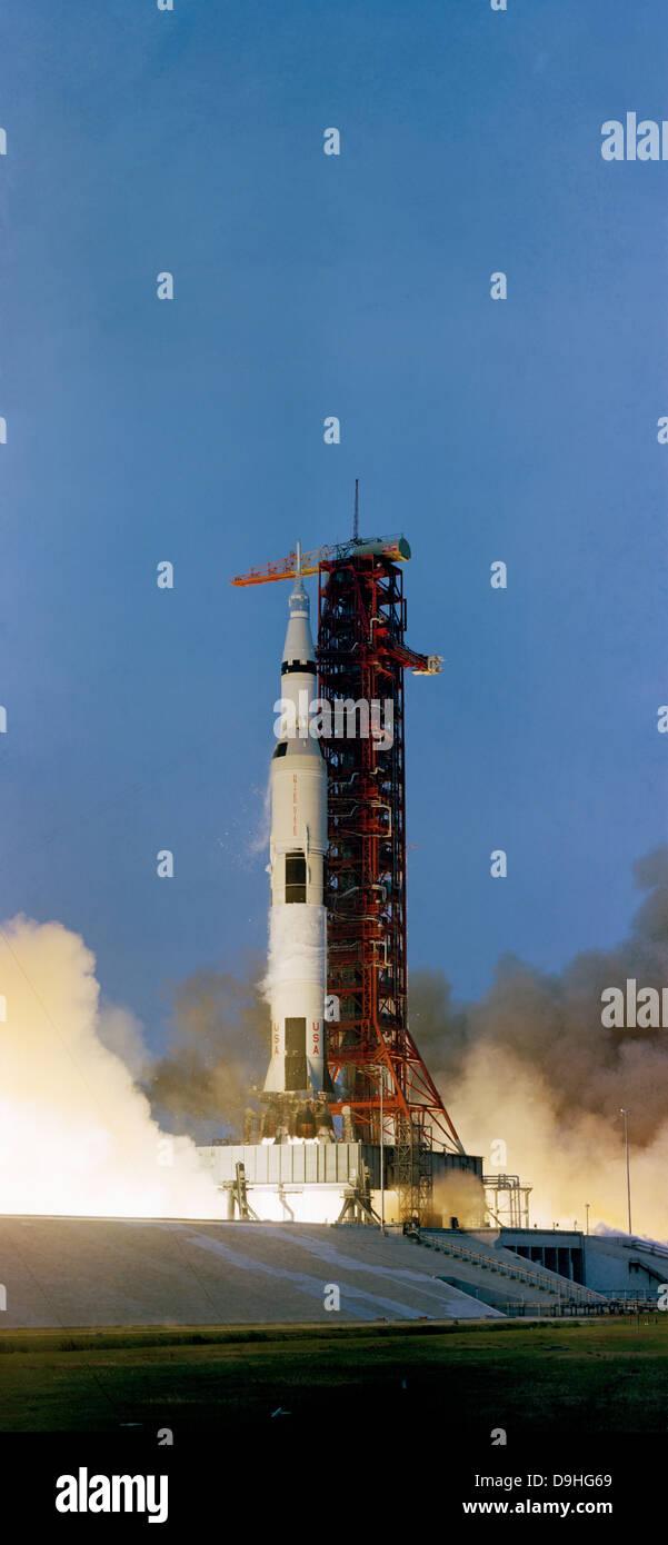 apollo 13 kennedy space center - photo #39