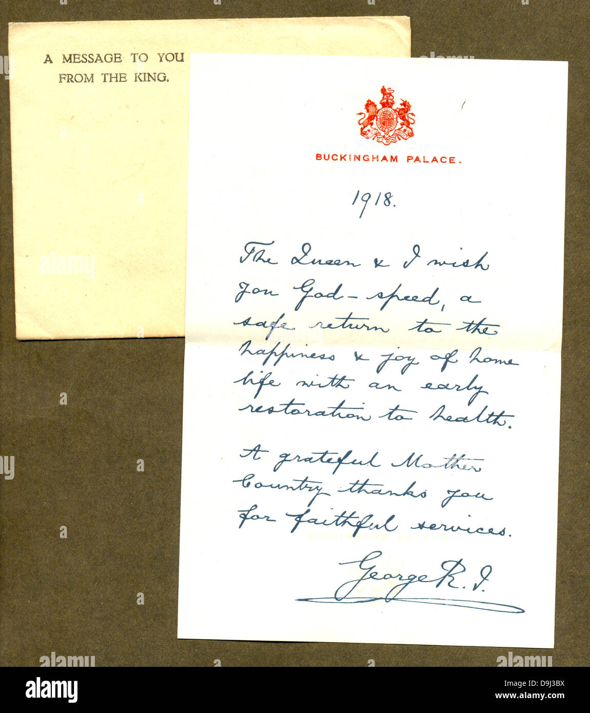 World War One letter of thanks and envelope to serving personnel from King George V. - Stock Image