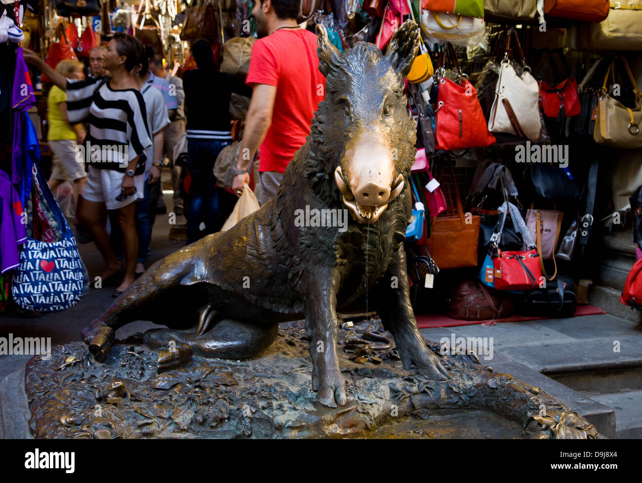 'Il Porcellino' wild boar statue at the Mercato Nuovo in Florence. Rub his snout for good luck - Stock Image