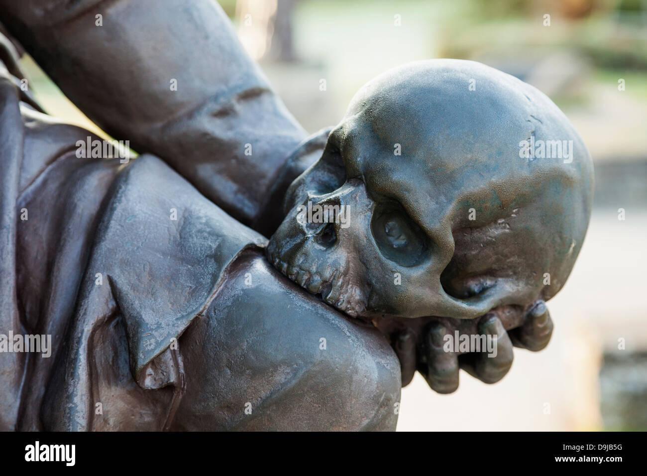 England, Warwickshire, Stratford-upon-Avon, Bancroft Gardens, Gower Memorial, Detail of Hamlet's Hand Holding - Stock Image