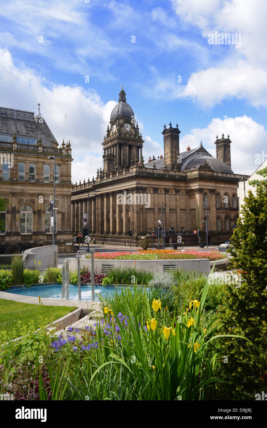 nelson mandela gardens and fountain by leeds town hall, yorkshire, united kingdom - Stock Image