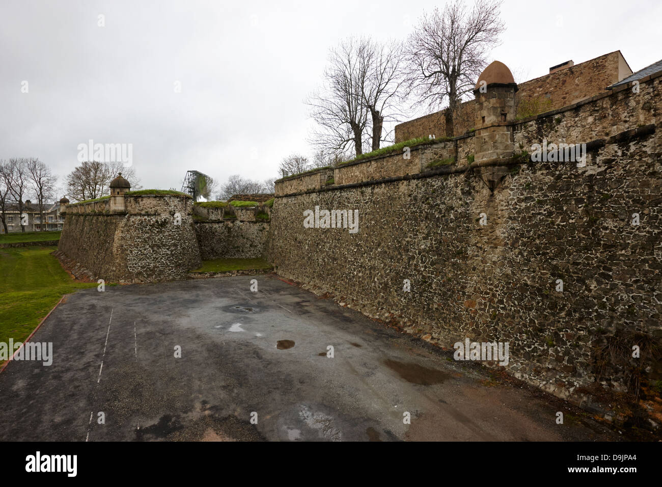 bastion and solar furnance of mont-louis fortress of vauban unesco world heritage site city walls pyrenees-orientales - Stock Image