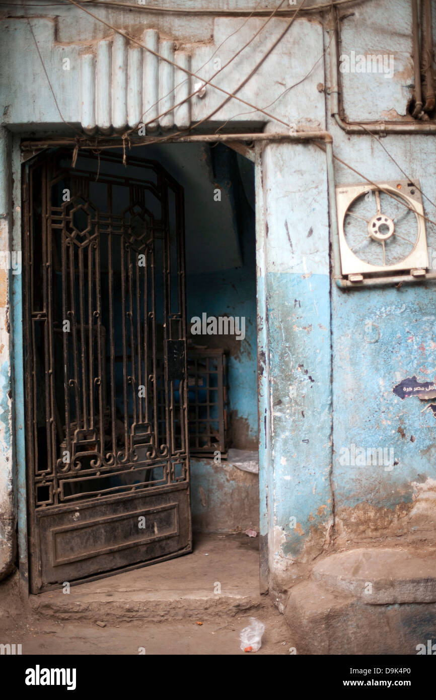 A doorway in Islamic Cairo, Cairo, Egypt - Stock Image