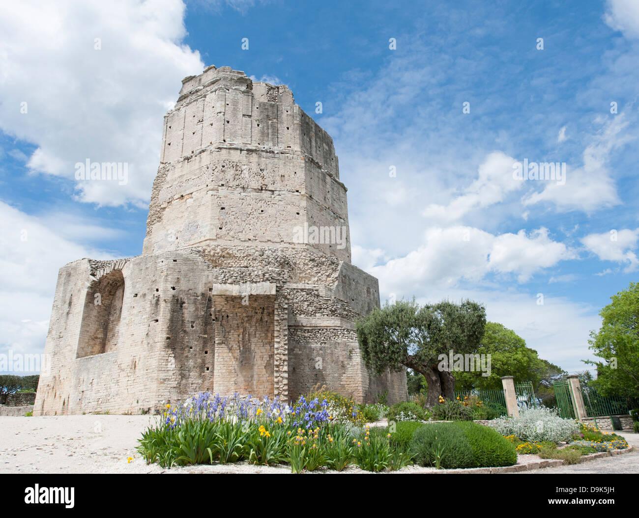 Tour Magne, Roman tower and landmark in the Jardins de la Fontaine, Nîmes, Gard, Languedoc, France - Stock Image