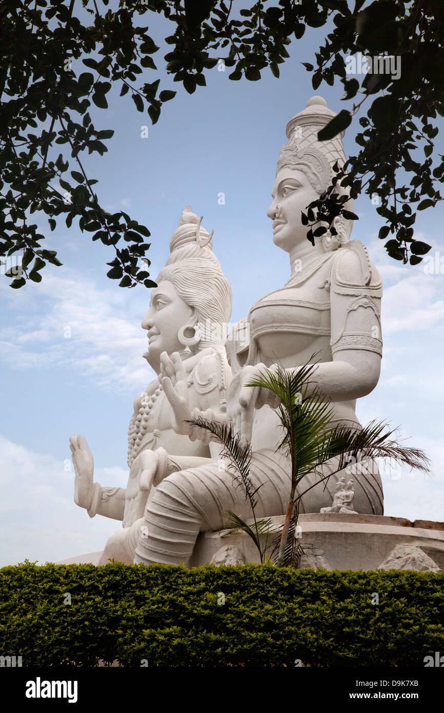 Statues of Lord Shiva and Goddess Parvathi, Kailasagiri Park, Visakhapatnam, Andhra Pradesh, India - Stock Image
