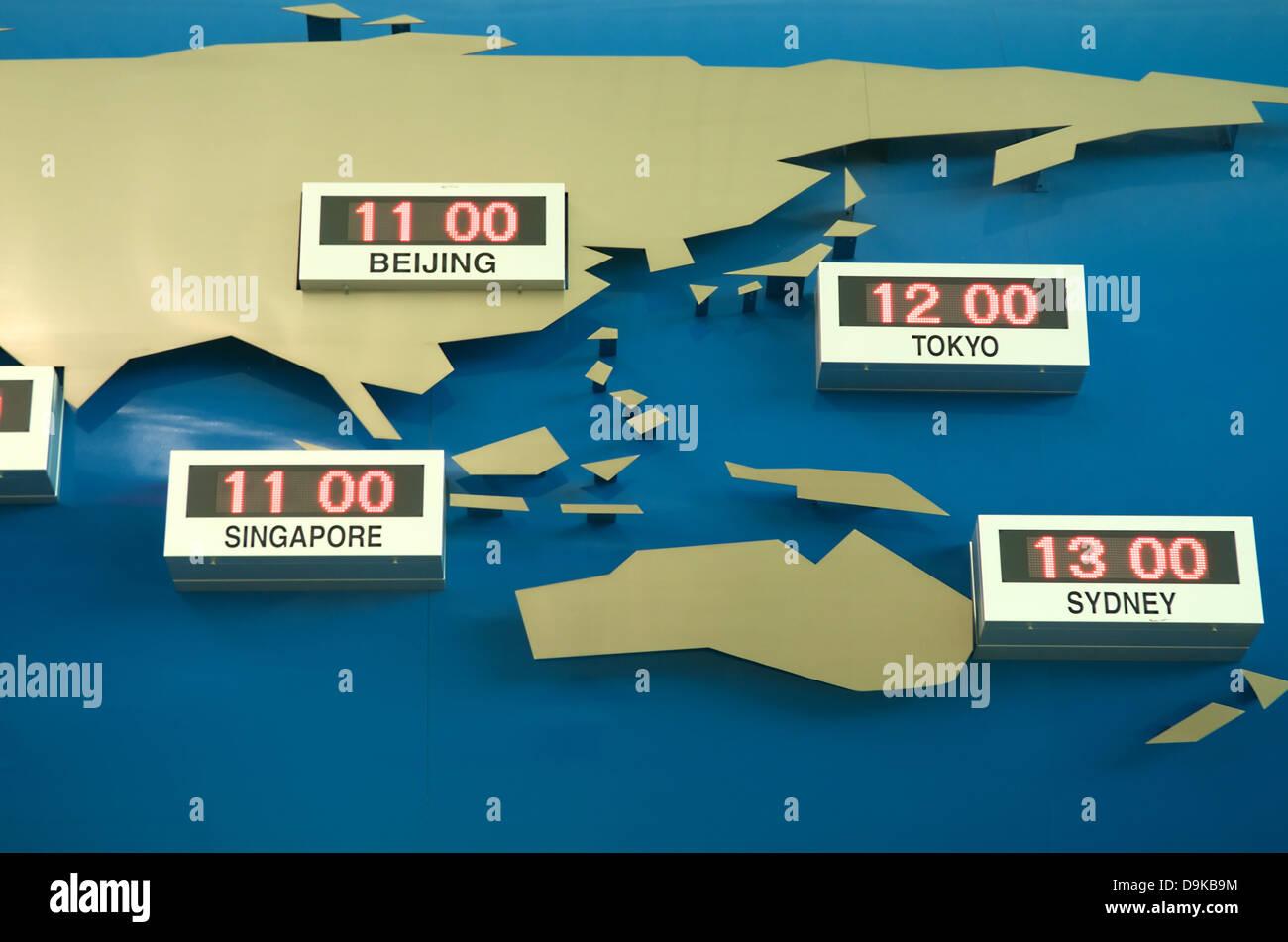 World Time Zone Map Australia Stock Photos & World Time Zone Map ...