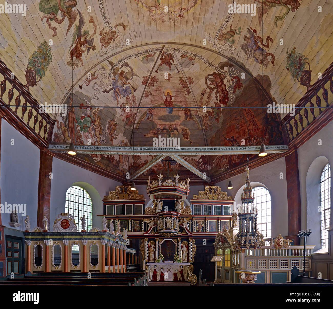 Interior with altar, St. Pankratius Church, Neuenfelde, Altes Land, Hamburg, Germany - Stock Image