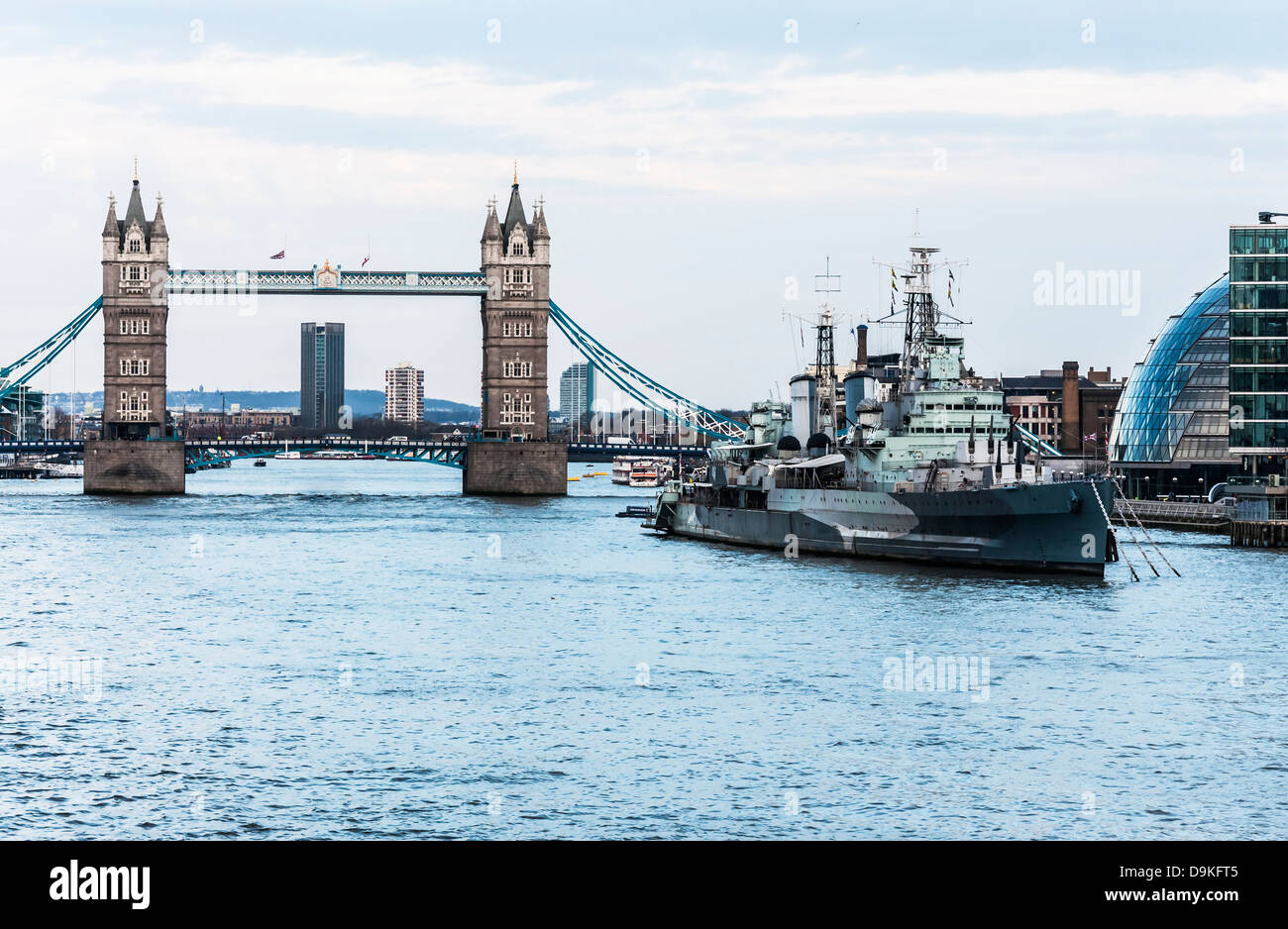 view of the Thames and the London Bridge Stock Photo