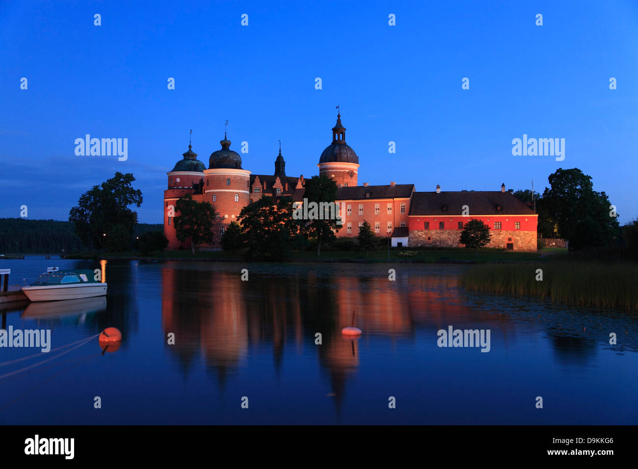 GRIPSHOLM Castle at lake Malaren in the evening, Mariefred, Sodermanland, Sweden, Scandinavia - Stock Image
