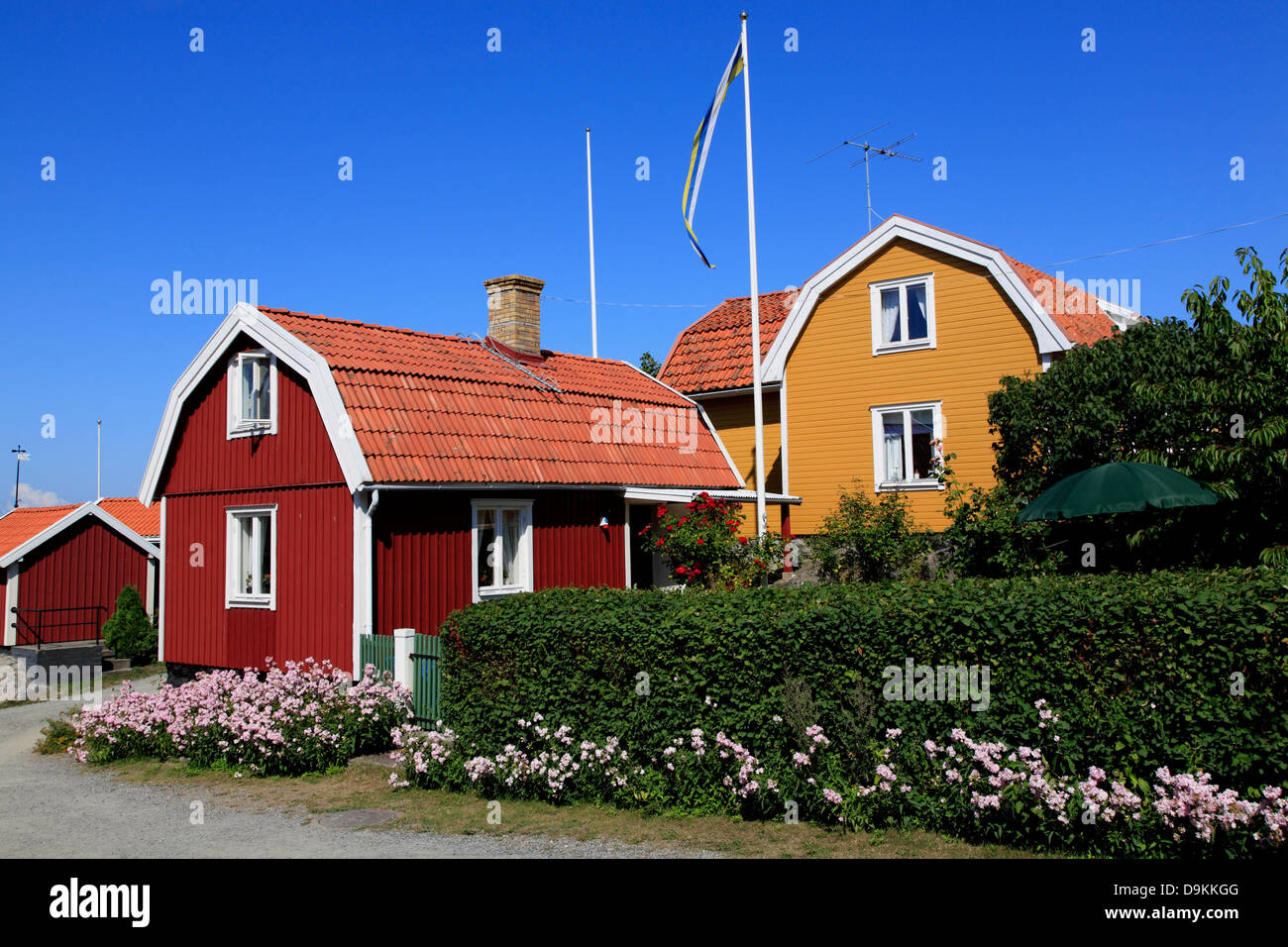 Landsort Island (Oeja), typical wooden houses, Stockholm Archipelago, baltic sea coast, Sweden, Scandinavia - Stock Image
