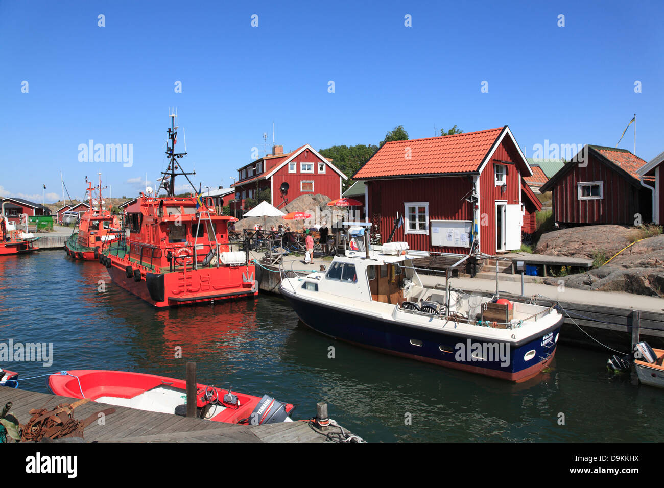 Pilot boat in the harbor of Landsort Island (Oeja), harbor, Stockholm Archipelago, baltic sea coast, Sweden, Scandinavia - Stock Image