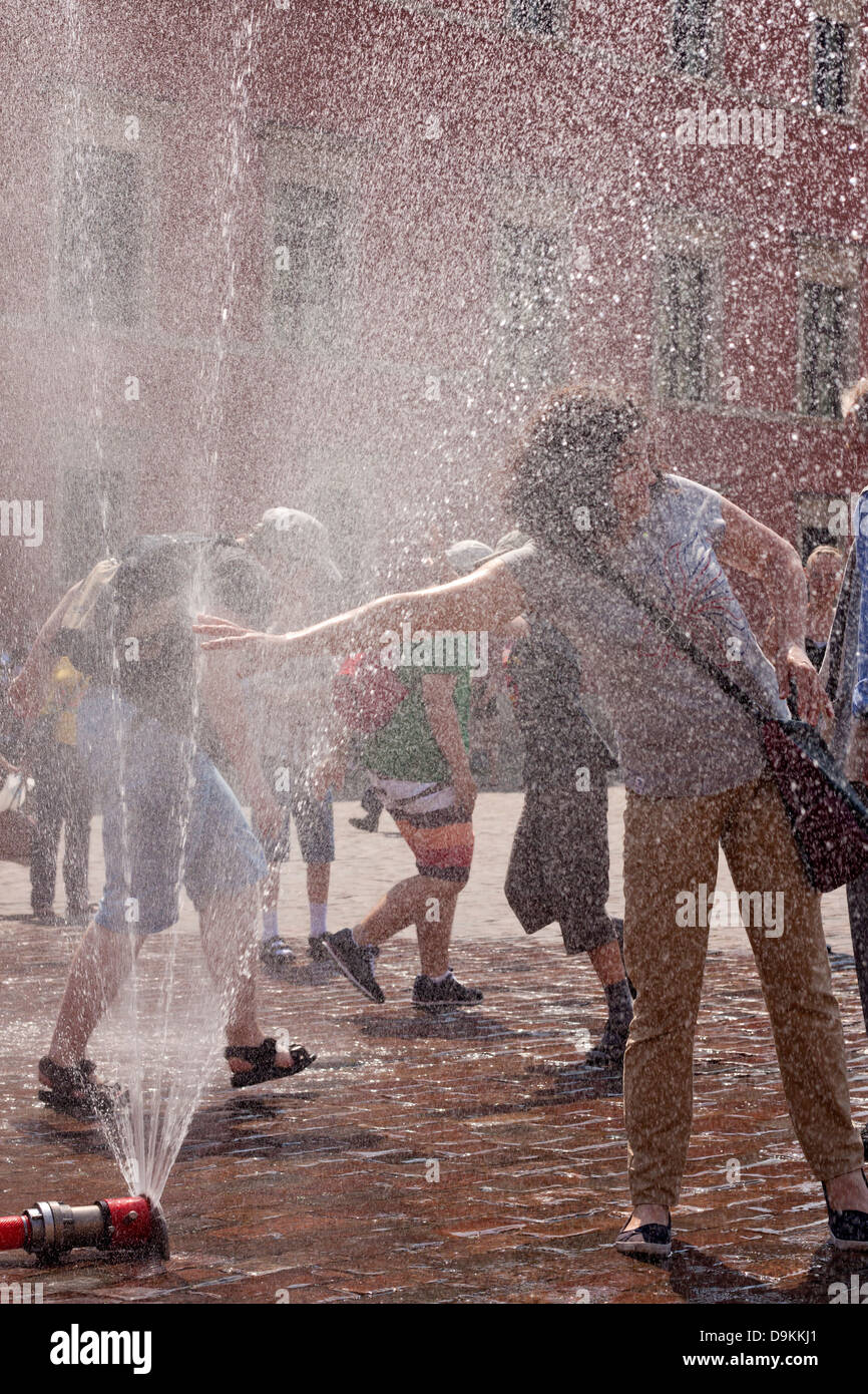 Heat in the city on street in sweltering hot summer days concept - Stock Image