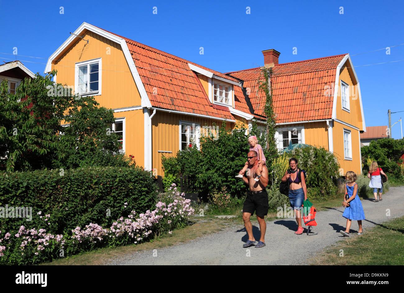 Landsort Island (Oeja), typical wooden houses, Stockholm Archipelago, baltic sea coast, Sweden, Scandinavia Stock Photo