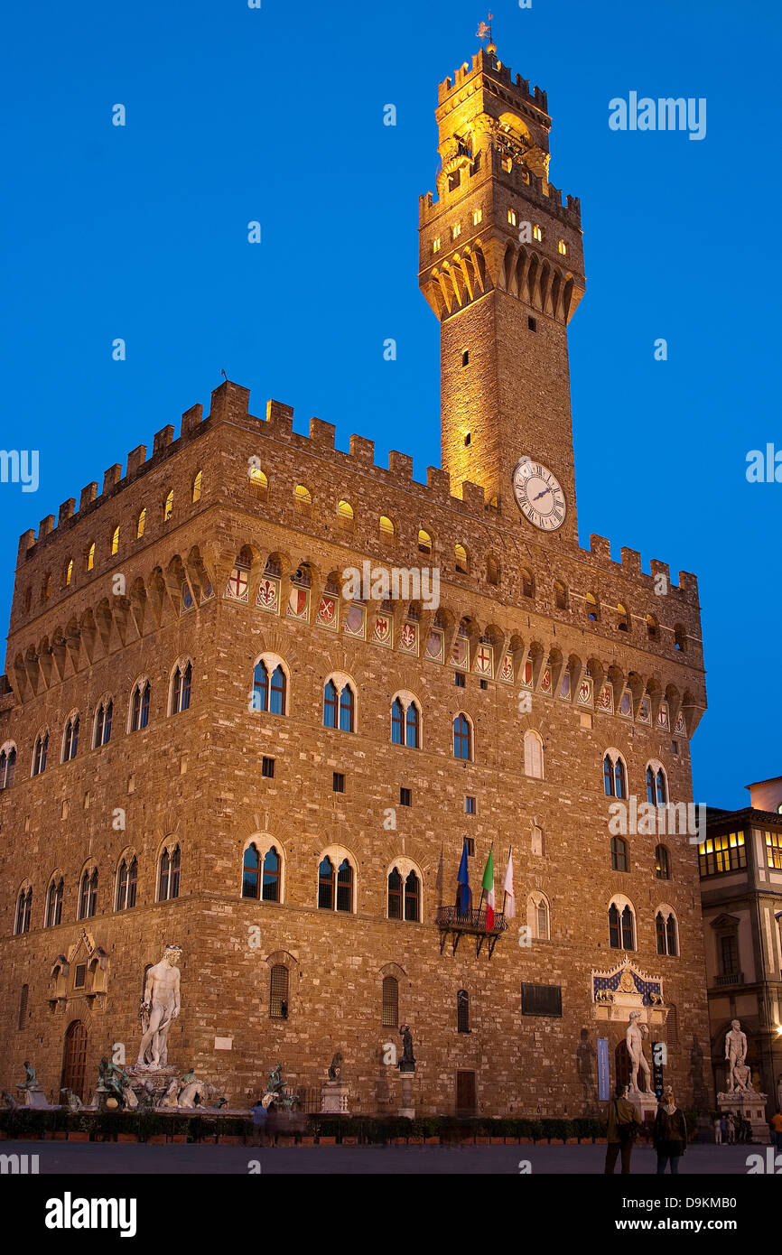 Palazzo Vecchio at 'Blue Hour', Florence, Italy. - Stock Image
