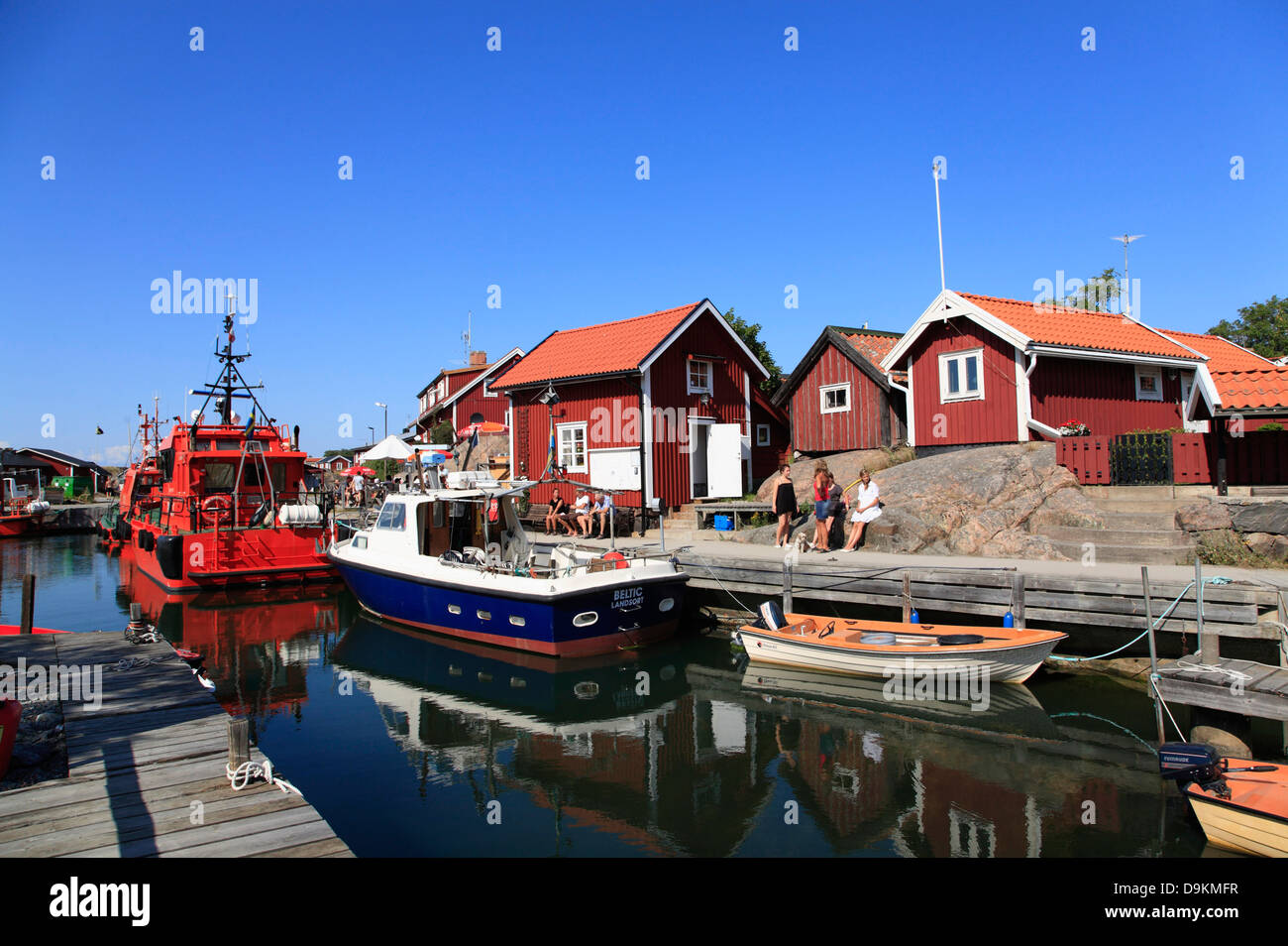 Pilot boat in the harbor of Landsort Island (Oeja), harbor, Stockholm Archipelago, baltic sea coast, Sweden, Scandinavia - Stock Image