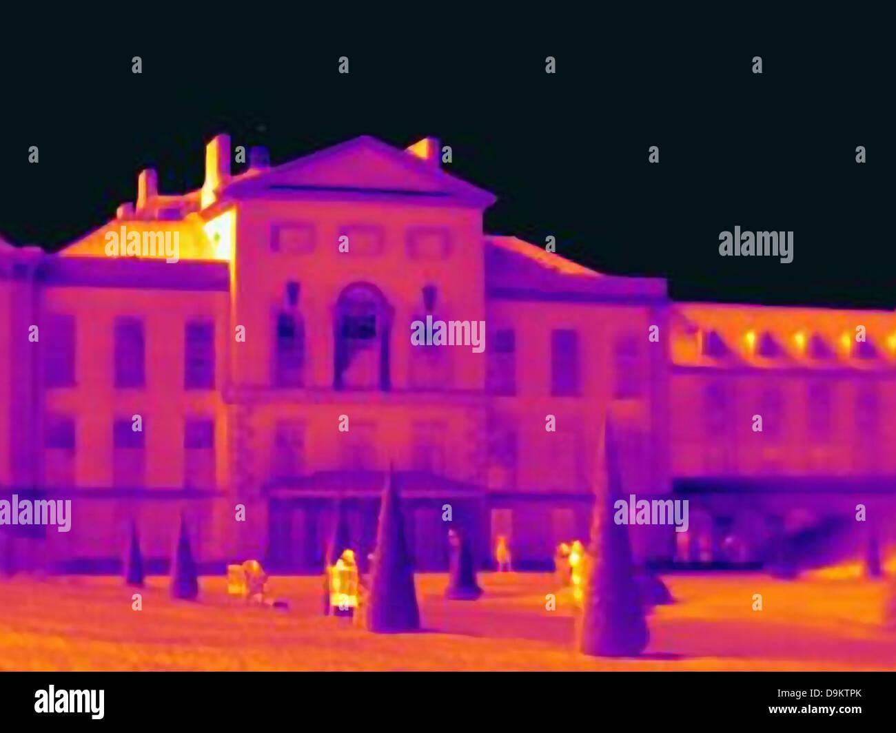 Ultraviolet light of Kensington Palace, London - Stock Image